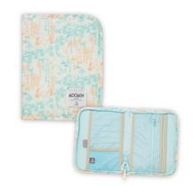 「ムーミン 母子手帳ケース」かわいいムーミン柄で、カードなどすっきり収納!