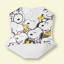 【プレゼント】「スヌーピー お食事エプロン」防水素材で、お手入れらくらく!