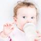 おっぱいに溜まった古い母乳。赤ちゃんに飲ませても大丈夫?|専門家の見解