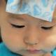 子供の発熱時に冷却ジェルシートで対処するのは効果的なの? 専門家の見解