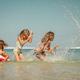 子どもとビーチに繰り出そう!ファミリー向き海水浴場4選|静岡県