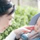 新生児との外出はいつから大丈夫ですか?|専門家の見解
