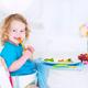 赤ちゃんから使える!お食事に便利なおすすめベビーチェア3選