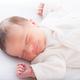 赤ちゃんの寝冷え対策に!1年中使える人気スリーパー3選