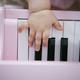 ピアノ絵本はいつから?おすすめおもちゃ紹介!童謡や名曲など