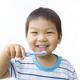 【医師監修】歯科医が解説!子どもの虫歯予防&フッ素の塗布時期や効果など