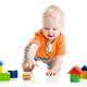 単純なつくりで遊びが広がる!知育にもおすすめ!木のおもちゃ3選