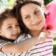 「バセドウ病」は女性がなりやすい?症状や治療法|専門家の見解
