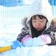 大人も子どもも遊べる雪遊びグッズ4選|冬をホットに楽しもう!