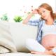 妊娠中のおなかの張りはストレスが原因?|専門家の見解