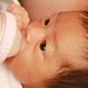 哺乳瓶の薬液消毒|つけおきの方法や時間&人気のおすすめグッズ