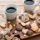 フチ子さんならぬ…コップのフチ「クッキー」が人気!