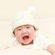 生後6ヶ月の赤ちゃんの成長発達|身長・体重、遊びや服装、離乳食の進め方