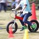 子ども用ペダルなし自転車|ストライダーにブレーキ付きも