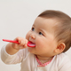 赤ちゃんとの外食グッズ5選!離乳食期のおでかけも安心!