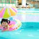 赤ちゃん用の浮き輪|腕や足入れタイプ お風呂で使えるものも