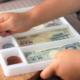 おもちゃのお金でリアルなごっこ遊び!硬貨や紙幣など10選