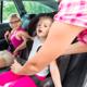 車のチャイルドシートを嫌がる子どもの対策法は?|専門家の見解