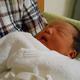 生後0ヶ月|赤ちゃんの体重、授乳間隔、母乳やミルクの量、沐浴、悩みなど