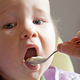 離乳食で同じ食材ばかりだと、食物アレルギーになる?