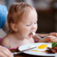 大人と同じでOK?2歳の子どもの食事について|専門家の見解