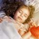 3歳の子どもが眠ったまま夜泣き…これは病気?|専門家の見解