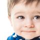 1歳児の何ヶ月も続く咳、自然に改善される?|専門家の見解