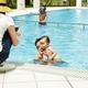 赤ちゃんのプール|デビューはいつどこで?おすすめ持ち物は?|子育て調査