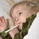 高熱を出して以来熱が下がらない子ども…原因は?|専門家の見解