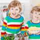 気になる双子の体格差…食べさせるべき?|専門家の見解