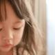 風邪を引くと目やにがたくさん出る子どもが心配|専門家の見解