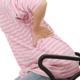 悩まされる妊娠中の肩こりと腰痛の解決策とは?|専門家の見解