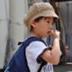 爪を噛む癖のある子ども…どうしたら止められる?|専門家の見解