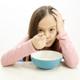 食べるスピード遅い娘…どのようにすればいい?|専門家の見解