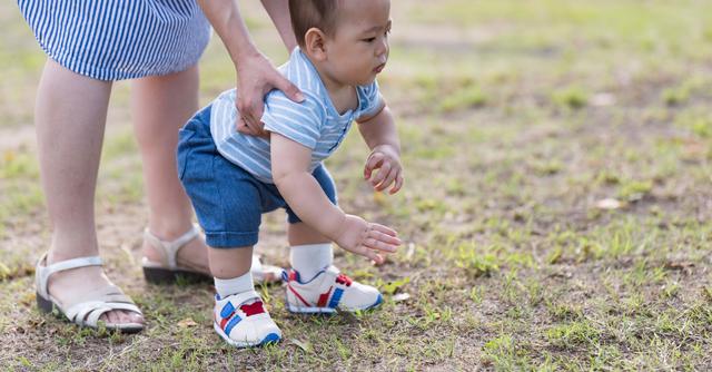 8b86f3eeba89db 【生後10ヶ月】赤ちゃんの発達とお世話、アイテム|cozre[コズレ]子育てマガジン