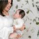 赤ちゃんとお母さんのためのファーストマザーズデイを祝うベビーリングのギフトが登場