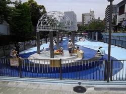木場親水公園のじゃぶじゃぶ池,じゃぶじゃぶ池,東京,水遊び