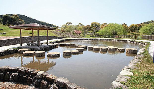 筑豊緑地,福岡県,じゃぶじゃぶ池,公園