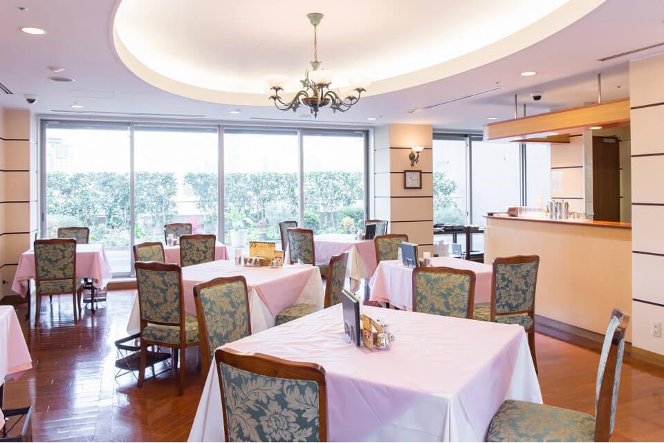 山王病院本館7階のレストランオーブ,芸能人,出産,病院