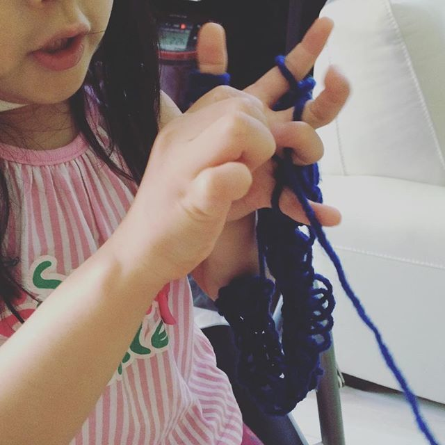指網をする子ども,自由研究,簡単,小学生