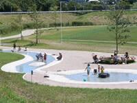 県立境川遊水池公園の噴水広場,公園,水遊び,神奈川