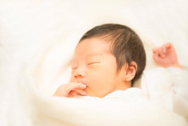 新生児,母乳,赤ちゃん,