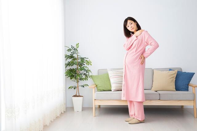 腰痛に悩む妊婦,妊娠初期,症状,腹痛