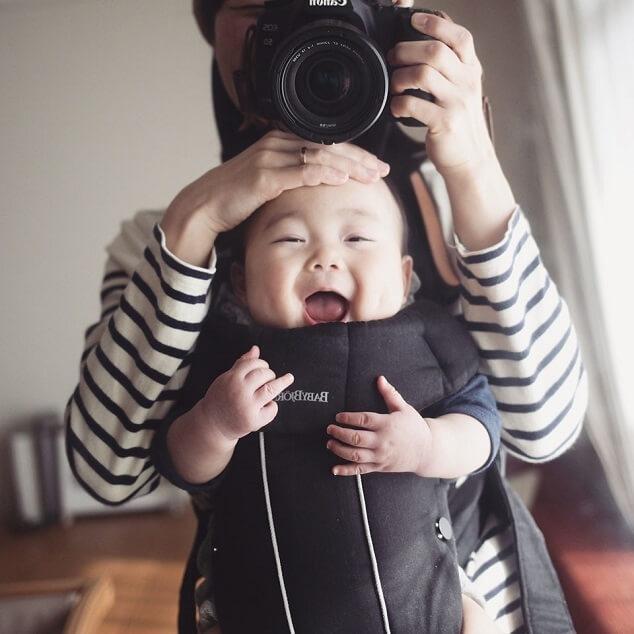 前抱っこの赤ちゃん,子ども,記念撮影,