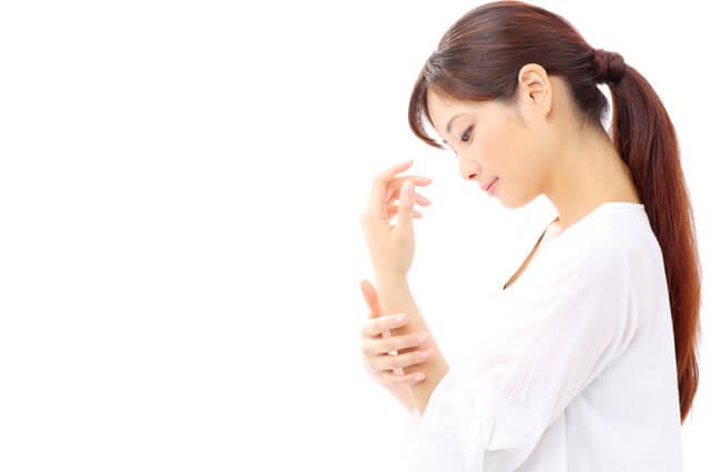 腱鞘炎の女性イメージ,産後,トラブル,