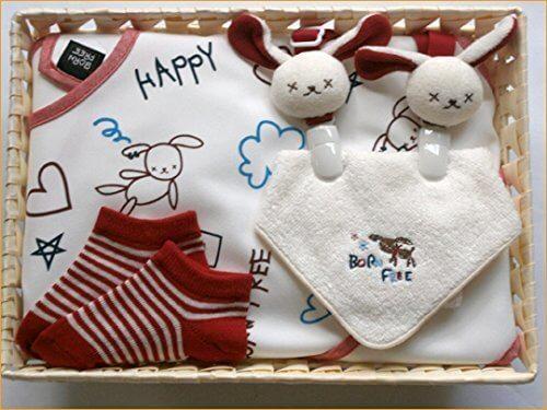 ベビーギフトセット 通販 贈り物 スタイクリップ お食事エプロン ガラガラ タオル、ベビー服ギフトセット 35=日本製のビセラの詰め合わせ=お手ごろなお値段でこの内容=出産祝いやギフトにもどうぞ (赤),出産祝い,靴下,