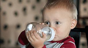 赤ちゃんの水分補給,赤ちゃん,白湯,