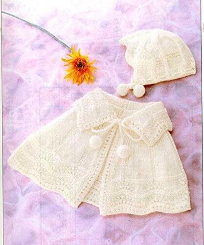 【ハマナカ】かわいい赤ちゃんで編む「おでかけベビー・ケープ&帽子」編み図付きキット(2番5玉)【ベビーニット】【手編みキット】,ベビー,ニット帽,