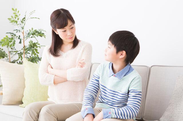 子どもを叱るママ,子ども,叱り方,