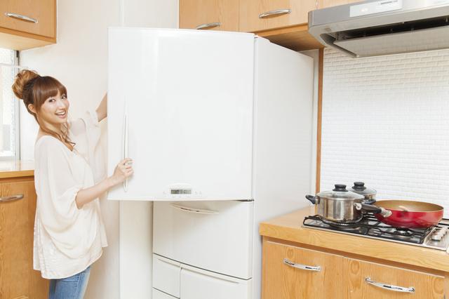 冷蔵庫女性,お弁当,卵,